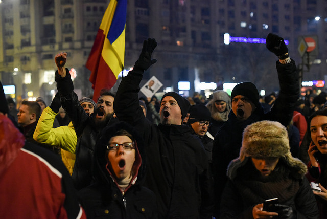 Protests in Romania, 1 February 2017 (© Paul Arne Wagner Follow via Flickr, CC BY-NC-ND 2.0)
