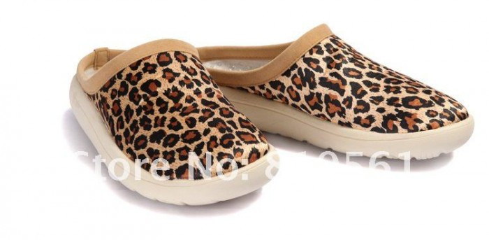 Bradshaw Image 1 Indoor_slippers_massage_shoes_2