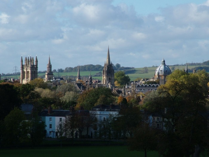 The dreaming spires of Oxford University (photograph by anataman via Flickr, CC BY-SA 2.0).
