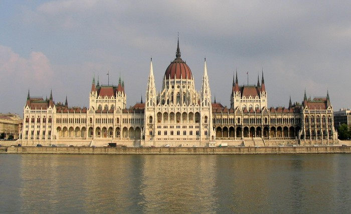 The dreaming spires of the Budapest Parliament (photograph by Dirk Beyer via Wikimedia, CC BY-SA 3.0).